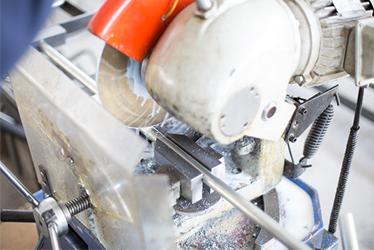 福乐尔产品切割设备