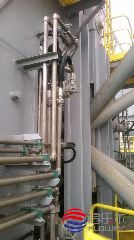 液压配管安装现场
