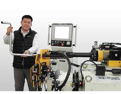 液压钢管总成.液压油管路.液压管路焊接图片